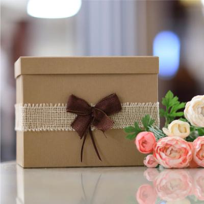 Nászajándékgyűjtő doboz