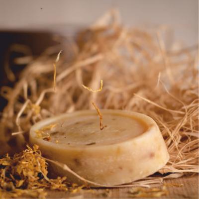 Kecsketejes-körömvirágos szappan